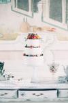 Blütendekoration Torte, Vintage Wedding Hochzeitsplaner, Hochzeitstorte Beeren